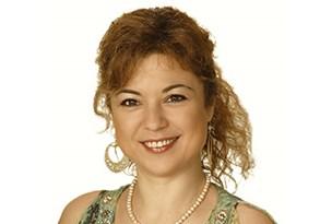 Aylin Webb | Cognitive Behavioral Psychotherapist in